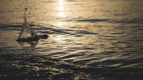 Όμορφος παφλασμός νερού στη θάλασσα στοκ φωτογραφίες