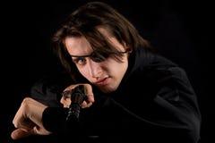 Όμορφος πειρατής με το πυροβόλο όπλο Στοκ εικόνες με δικαίωμα ελεύθερης χρήσης