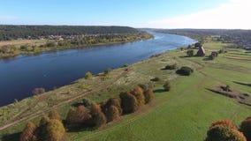 όμορφος ποταμός τοπίων εναέρια όψη απόθεμα βίντεο