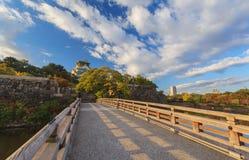 Όμορφος της Οζάκα Castle στην πόλη της Οζάκα με την εποχή φύλλων φθινοπώρου Στοκ Φωτογραφίες