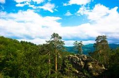 Όμορφος τοπ απότομος βράχος τοπίων Στοκ φωτογραφία με δικαίωμα ελεύθερης χρήσης