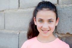 Όμορφος το κορίτσι με τα μπλε μάτια Στοκ φωτογραφία με δικαίωμα ελεύθερης χρήσης