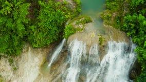 Όμορφος τροπικός καταρράκτης Φιλιππίνες, Κεμπού φιλμ μικρού μήκους