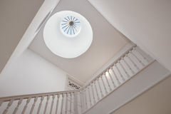 Όμορφος φεγγίτης Stairwell στοκ φωτογραφίες