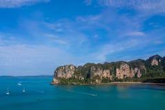 Όμορφος φυσικός κόλπος σε Krabi AO Nang και Phi Phi, Ταϊλάνδη Στοκ φωτογραφίες με δικαίωμα ελεύθερης χρήσης