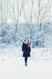 όμορφος χειμώνας κοριτσιών Στοκ Εικόνα