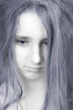όμορφος χλωμός λυπημένος εφηβικός κοριτσιών προσώπου στοκ φωτογραφίες