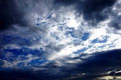 Όμορφος scenary του ουρανού το βράδυ στοκ εικόνα