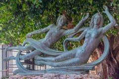 Όμορφο άγαλμα χαλκού Arethusa και Alpheus στο νησί Ortygia στις Συρακούσες, Σικελία Στοκ Φωτογραφία