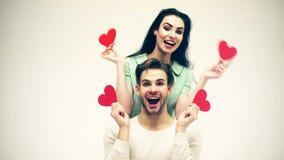 Όμορφο άτομο και όμορφο κορίτσι ερωτευμένα Ρομαντική έννοια συναισθημάτων Ημέρα και αγάπη βαλεντίνων Ζεύγος ανδρών και γυναικών ε απόθεμα βίντεο