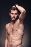 Όμορφο άτομο, σώμα γυμνοστήθων Στοκ εικόνα με δικαίωμα ελεύθερης χρήσης