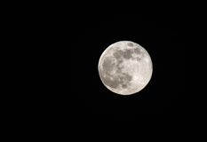 Όμορφο έξοχο φεγγάρι ορατό στον ουρανό του Μπαχρέιν στις 23 Ιουνίου 2013 Στοκ Εικόνες