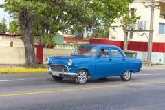 Όμορφο αναδρομικό αυτοκίνητο στην Κούβα Στοκ Φωτογραφίες