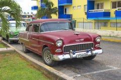 Όμορφο αναδρομικό αυτοκίνητο στην Κούβα Στοκ εικόνα με δικαίωμα ελεύθερης χρήσης