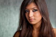 Όμορφο ασιατικό κορίτσι Στοκ εικόνες με δικαίωμα ελεύθερης χρήσης