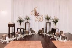 Όμορφο ασυνήθιστο γαμήλιο ντεκόρ στοκ φωτογραφίες