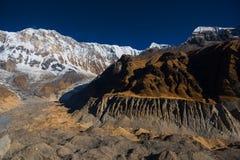 Όμορφο βουνό από το στρατόπεδο βάσεων Annapurna, Νεπάλ Στοκ Εικόνες