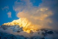 Όμορφο βουνό χιονιού της σειράς Annapurna Himalayan Στοκ φωτογραφίες με δικαίωμα ελεύθερης χρήσης