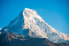Όμορφο βουνό χιονιού της σειράς Annapurna Himalayan Στοκ Εικόνα