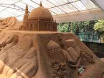 Όμορφο γλυπτό άμμου που απεικονίζει την ισλαμική αρχιτεκτονική, στο Mysore Στοκ Εικόνες