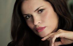 όμορφο γυναικείο πορτρέτ&o Στοκ Εικόνα
