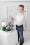 Όμορφο ευτυχές ξανθό αγόρι Στοκ εικόνες με δικαίωμα ελεύθερης χρήσης