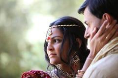 όμορφο ζεύγος Ινδός Στοκ Εικόνες