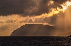 Όμορφο ηλιοβασίλεμα πέρα από την ακτή Μαύρης Θάλασσας στοκ φωτογραφία με δικαίωμα ελεύθερης χρήσης