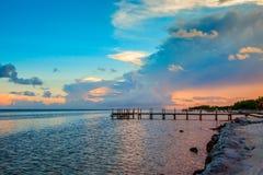 Όμορφο ηλιοβασίλεμα στο μαραθώνιο στοκ φωτογραφία