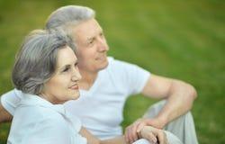 Όμορφο ηλικιωμένο ζεύγος Στοκ Φωτογραφίες