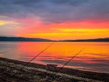 Όμορφο ηλιοβασίλεμα αλιεύοντας Στοκ Εικόνες