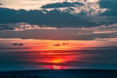 Όμορφο θερινό ηλιοβασίλεμα Στοκ εικόνα με δικαίωμα ελεύθερης χρήσης