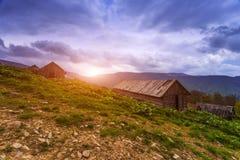 Όμορφο θερινό τοπίο, βουνά της Ευρώπης, ταξίδι της Ευρώπης, κόσμος ομορφιάς Στοκ εικόνα με δικαίωμα ελεύθερης χρήσης