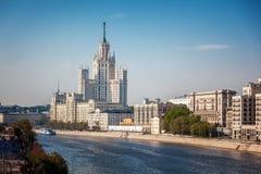Όμορφο θερινό τοπίο πόλεων, η πρωτεύουσα της Ρωσίας Μόσχα, τ Στοκ Εικόνα
