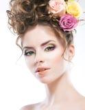 όμορφο θηλυκό πορτρέτο hairstyle τέχνης προκλητικό στοκ φωτογραφίες