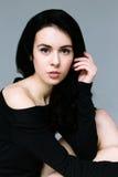 Όμορφο θηλυκό πρότυπο brunette στοκ φωτογραφία με δικαίωμα ελεύθερης χρήσης