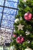 όμορφο διάνυσμα δέντρων απεικόνισης Χριστουγέννων ανασκόπησης Στοκ εικόνα με δικαίωμα ελεύθερης χρήσης