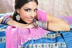 όμορφο ινδικό ύφος μόδας πα& Στοκ Εικόνα