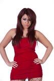 Όμορφο ισπανικό κορίτσι στο κόκκινο φόρεμα Στοκ εικόνα με δικαίωμα ελεύθερης χρήσης