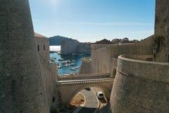Όμορφο ιστορικό κέντρο Dubrovnik στην Κροατία, διάσημος ιστορικός προορισμός στοκ φωτογραφίες