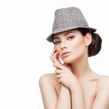 όμορφο καπέλο κοριτσιών στοκ φωτογραφίες
