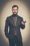 Όμορφο καλά-ντυμένο άτομο Στοκ εικόνα με δικαίωμα ελεύθερης χρήσης