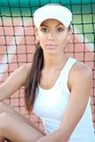 Όμορφο κομψό κορίτσι brunette Στοκ φωτογραφίες με δικαίωμα ελεύθερης χρήσης
