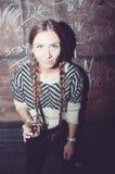 όμορφο κορίτσι διασκέδα&sigma στοκ φωτογραφίες