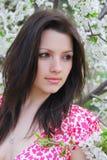 όμορφο κορίτσι κήπων Στοκ Εικόνες