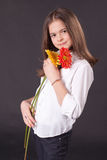όμορφο κορίτσι μαργαριτών Στοκ Εικόνες