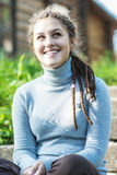 Όμορφο κορίτσι με τα dreadlocks Στοκ Εικόνα