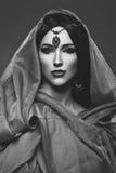 Όμορφο κορίτσι με το αραβικό makeup Στοκ Φωτογραφίες