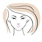 Όμορφο κορίτσι με το εικονίδιο hairstyle Στοκ φωτογραφία με δικαίωμα ελεύθερης χρήσης