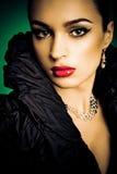 όμορφο κορίτσι μόδας ανασ&k στοκ εικόνες